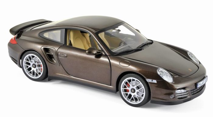Norev - Scale 1/18 - Porsche 911 Turbo 2010 - Brown