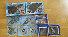 Lot with 9 model aircraft and 2 helicopters. Scale 1:100 + 1:72 Among others: Die Cast, Fibri and NewRay
