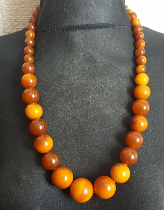Old Baltic Amber necklace egg yolk butterscotch, 94 grams