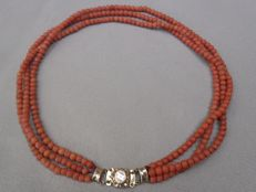 Precious coral necklace, 3 strand with 14 kt antique clasp