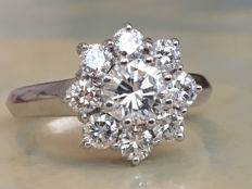 Stunning 18 kt white gold women´s entourage ring with diamonds - approx. 1.74 ct of quality H/G/VS - Ring size: 17.25 mm