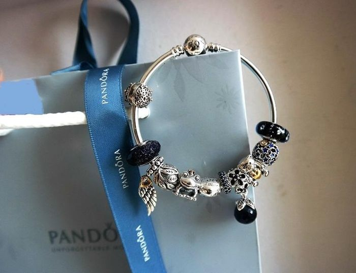 "925 silver Pandora bracelet + 11 charms with ""Blue Night"" theme - 2 lengths: 19 or 20 cm"