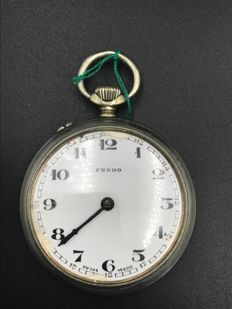 Junghans pocket watch with Fredo brand on dial – early 20th Century