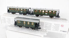 Märklin H0 - 43010/43020/43030 - 3 passenger carriages of the DB