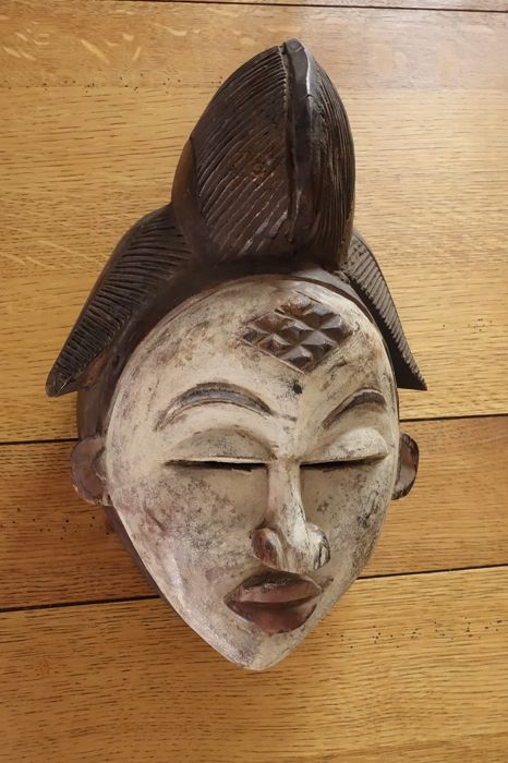 PUNU tribal mask, private collection origin GABON, wood