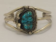 Silver Navajo cuff bracelet with turquoise - Leonard James - 1970s