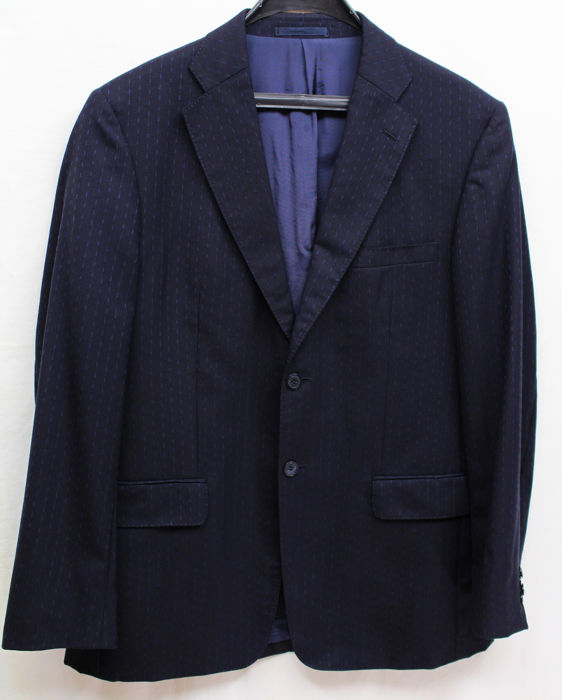5c1701578d8 Versace Classic - Wool Suit - Catawiki