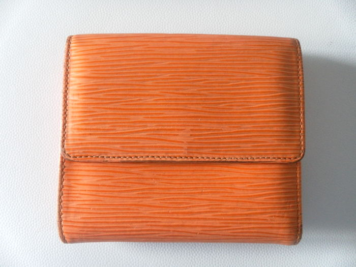 Purse Louis Vuitton, leather, tangerine epidermis.