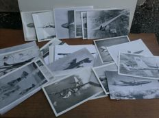 Lot with 260 vintage photos / photo cards with aircraft