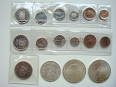 Netherlands - Year packs 1975 (2 pieces and 2½ guilders 1972 + 2½ guilders 1959, 10 guilders 1970 and 50 guilders 1991.