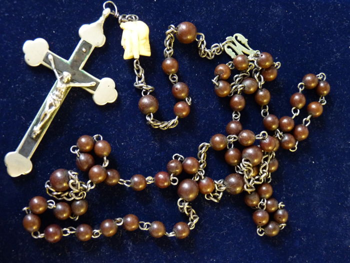 Antique French late 18th Century nuns skull/Jesus rosary Memento Mori bead.