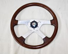 Alfa Romeo Momo wooden steering wheel 1960s - diameter 38 cm