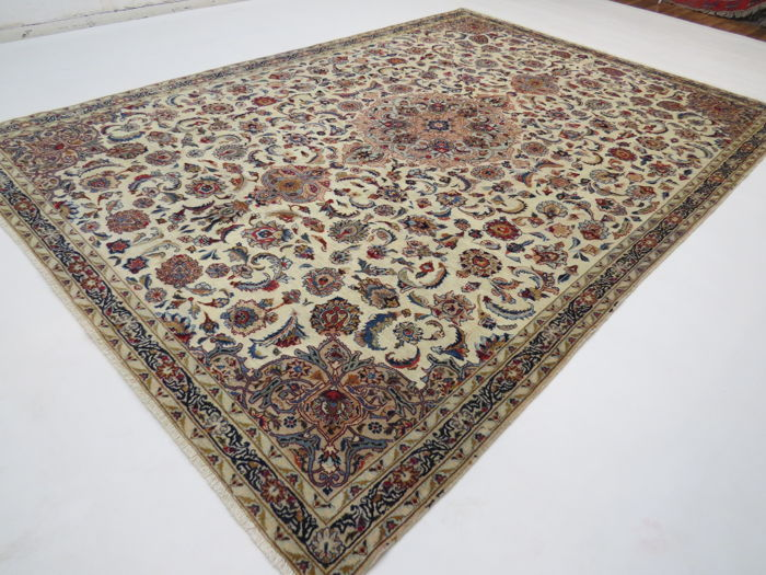 Dreamy, beautiful Persian carpet, Kashan / Iran, 300 x 197 cm, end of the 20th century, Top quality ***Professional Cleaning*** excellent condition oriental carpet royal runner