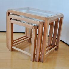 Producer unknown - tightly shaped cherry wooden side tables/mimi set