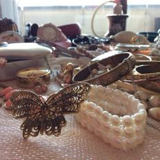 Colourful jewellery collection with extras
