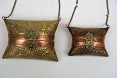 Two extraordinary jewellery bags, 1920/1930, red and yellow copper