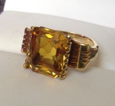 18kt Gold Large 6kt Citrine Cocktail Ring Weight 8.7g