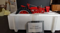 Franklin Mint - Schaal 1/12 - The Farmall Model H Tractor 1941