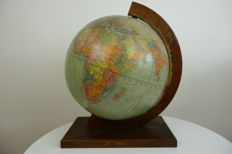 Dietrich Reimers Erdglobus - German-language globe in art deco holder - rare