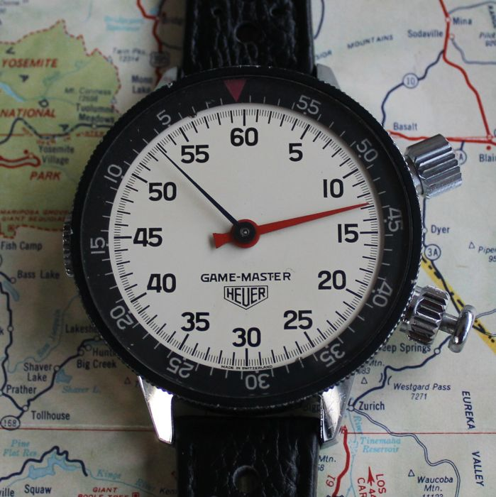 Superb HEUER GAME-MASTER wrist stopwatch for drivers and copilots.
