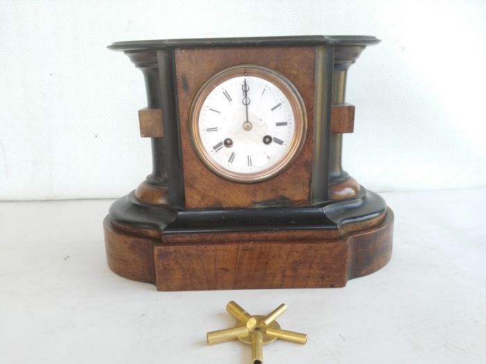Japy Freres & Cie England ebonised walnut Chunky Table clock - circa 1855