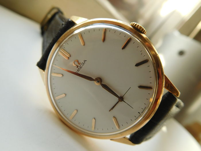 OMEGA GENÈVE – Swiss-Made, 17 Jewels – Men's wristwatch from the 1960s.