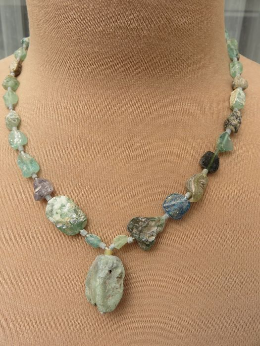 Beaded necklace made of iridescent archaeological Roman glass of approx. 1,700 years old – 3rd – 4th century