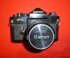 CANON F1 CAMERA WITH CANON FD 50 MM LENS 1: 1.8