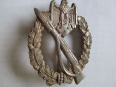 Infantry assault badge