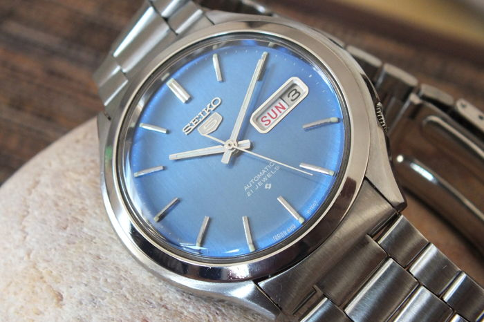SEIKO 5 Blue (6119-8600) - Men's Automatic Watch - Vintage 1975
