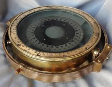 Kelvin & Huges Ltd-very heavy and large antique compass (12 kg)