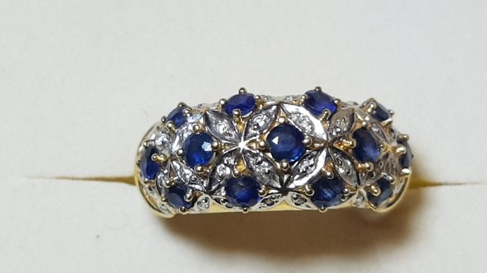 Ring with 13 sapphires and pavé of diamonds – Size: 17 mm – Weight: 7.99 g