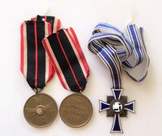 1933-1945 3rd Reich mother cross in bronze and war merit cross 1939 2nd Class without swords
