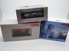 Märklin/Herpa H0 - 36880/48404 - Diesellocomotive Henschel DHG-500 in private works livery , Christmas wagon with Santa Claus and Magazin limited edition coach model