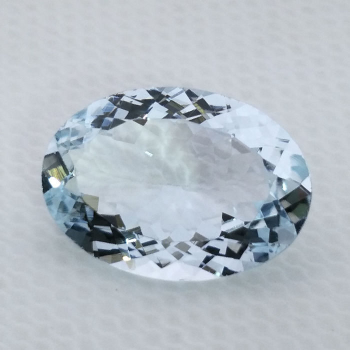 Aquamarine - 4.09 ct