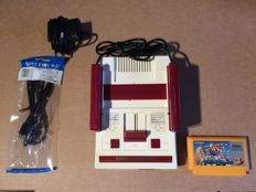 Original Famicom NES complete with all cables and Mario game