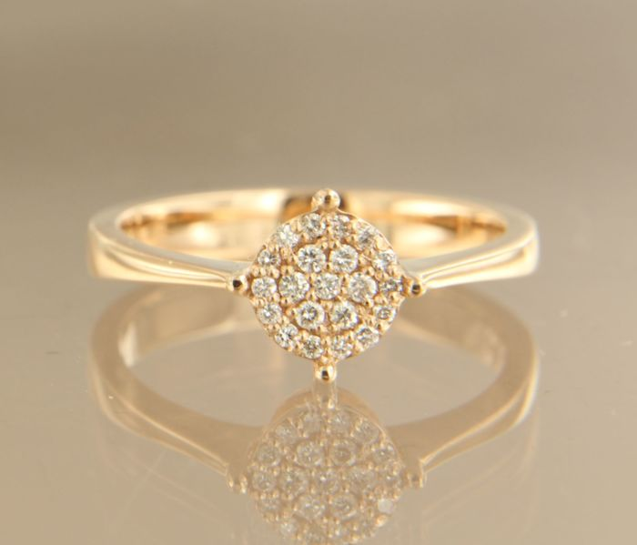 14 kt Rose gold ring set with 22 brilliant cut diamonds of approx. 0.15 ct in total, ring size 17 (53)