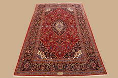 Hand-knotted Persian carpet, Keshan / Shadsar signed approx. 228 x 138 cm