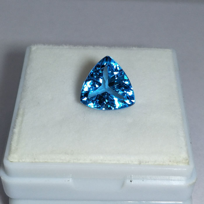 Swiss Blue Topaz - 7.34 ct