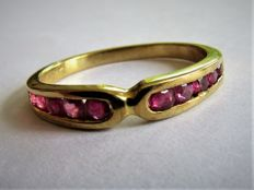 Gold ring with natural Ruby.