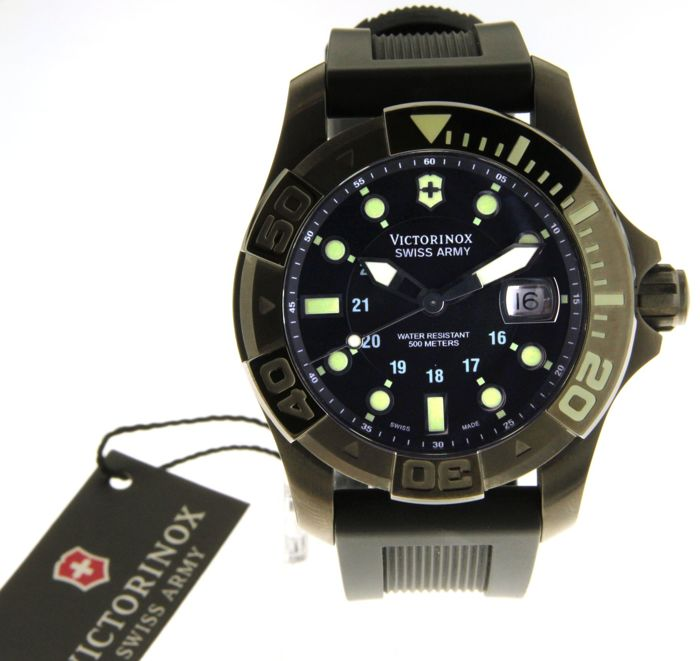 Victorinox Swiss army - Wristwatch - (our internal #8083)