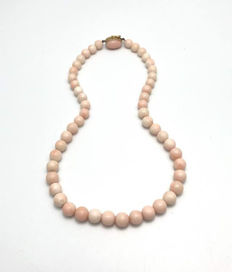 Pink Coral necklace with gold clasp