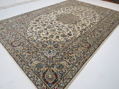 Beautiful Persian carpet, Yazd/Iran, 360 x 241 cm, top quality, very clean, knotted by a master ***Professional ecological cleaning*** oriental carpet, top condition