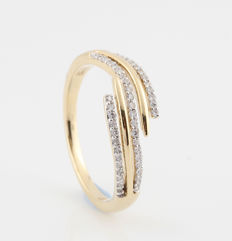 """14 kt yellow gold diamond ring 0.22 ct / 47 round brilliants / G-H-VS1-SI1 / 3.00 g and ring size: 57, """"New"""""""