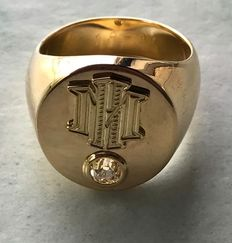 Mens signet ring, 18 kt gold with diamond of around 0.4 ct