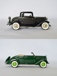 Franklin Mint - Schaal 1/24 - Ford Deluxe Cabriolet 1936  & Ford Deuce Coupe 1932
