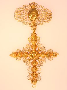 Georgian gold filigree cross pendant - anno 1800
