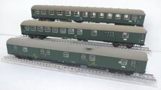 Ade H0 - three very well detailed carriages of the DB