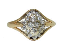 Beautiful cocktail gold ring with diamond cluster of 0.44 ct, signed - ring size 52