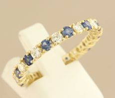 14 kt yellow gold full etenity ring set with brilliant cut sapphire and diamond, ring size 19 (59)